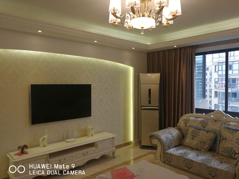 金城二期130平米精装修高层小区中心黄金位置 诚心出售!!!