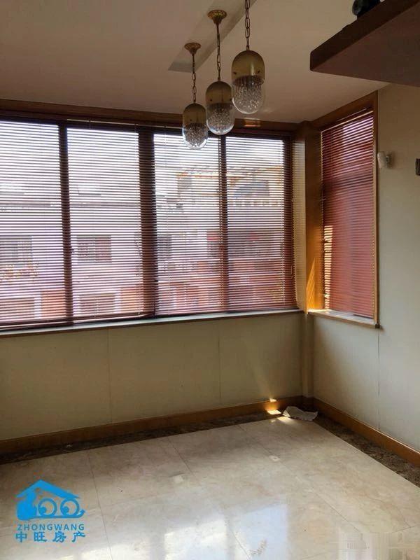 锦都豪苑楼中楼自住精装一梯一户东边套中心位置看义乌江全景三期