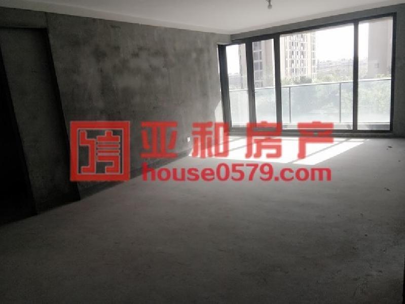 城西香溪裕园 电梯新房 小区环境优美 精致三房东边套