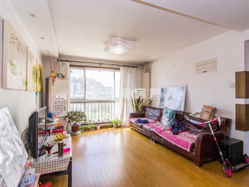 江南二区 采光超好,舒适小区,舒心的家,性价比高  实验小学