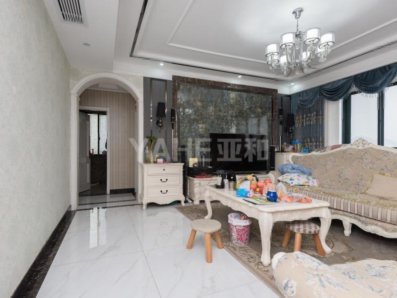 万商华府公园景观房 147平 精致三房 单价1.2万一平
