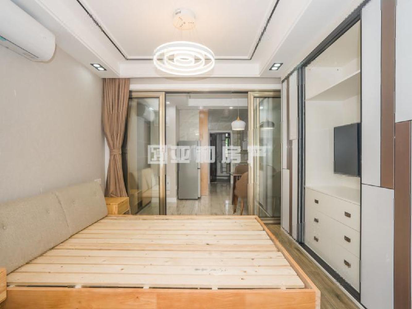 成龙公寓  高层电梯房 实验.小.学 城南.中.学