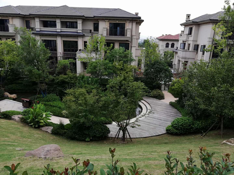 绿谷云溪 合院边套在售 超低价 超大花园 套房价格买别墅