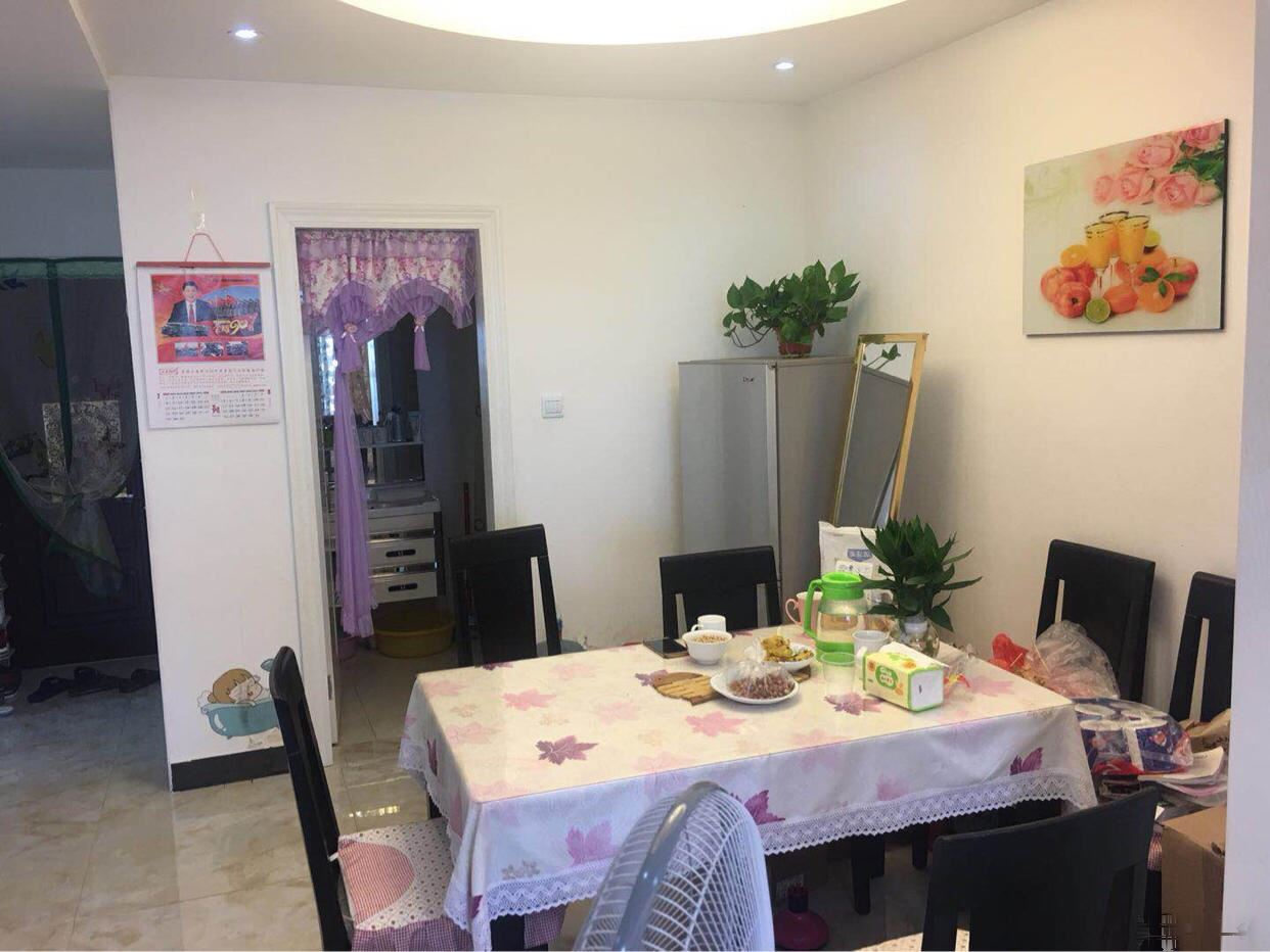 东阳紫荆公寓 精装25万 毛坯价,主要证齐满2