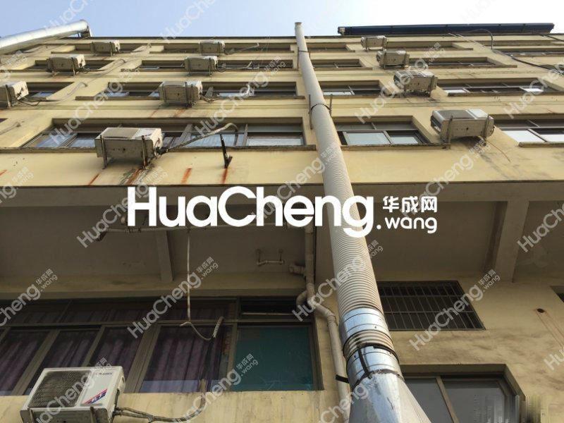 江东中路25年回抱沿街4间5层垂直房 已出让边间年租60万