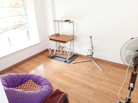 芳草园-产证齐全满两年.已出让,稀缺边套,家具家电全送,阳光