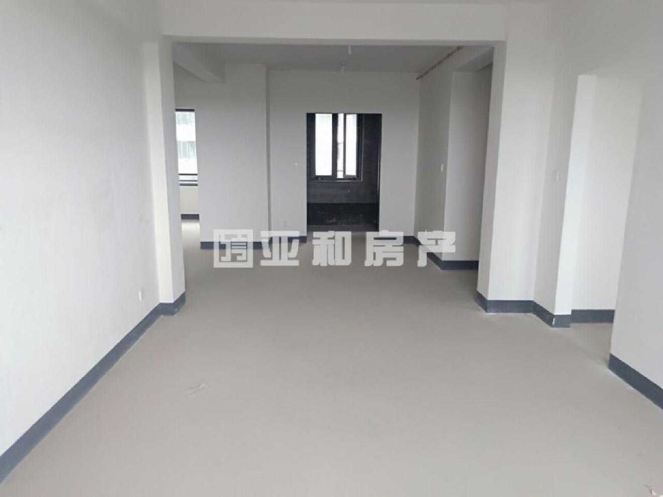 九州百合 72平方 96万 毛坯新房 可自主装修 随时看房