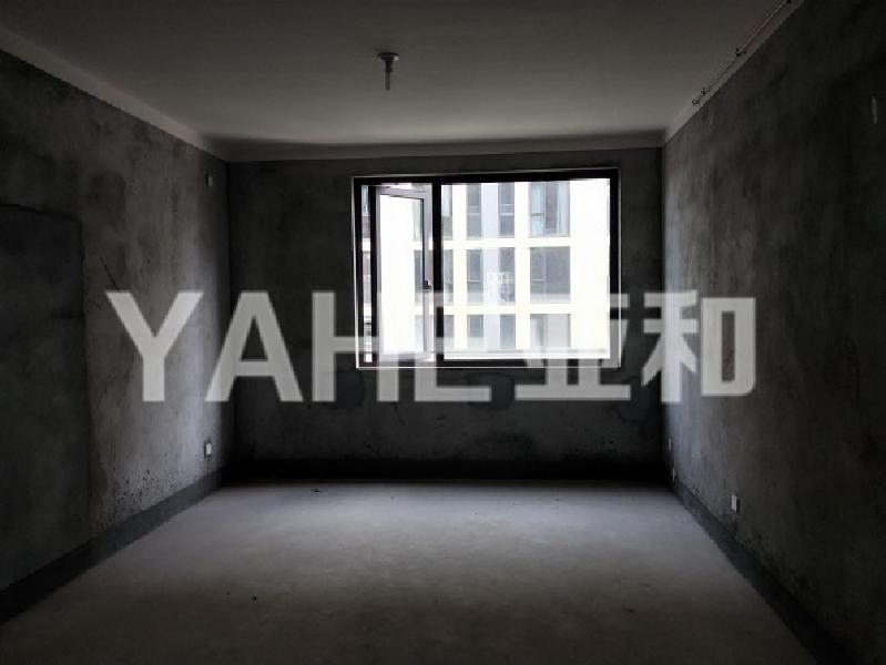 亚和 香溪裕园 可按揭 105平两房送车位 此房为结婚而备