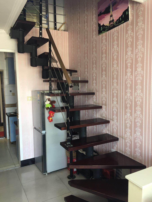 现代公寓高楼层楼中楼确权40平使用面积80平110万