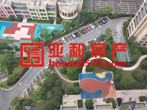 【廿三里热卖楼盘】金鳞花园 高楼层 106平带车位仅135万