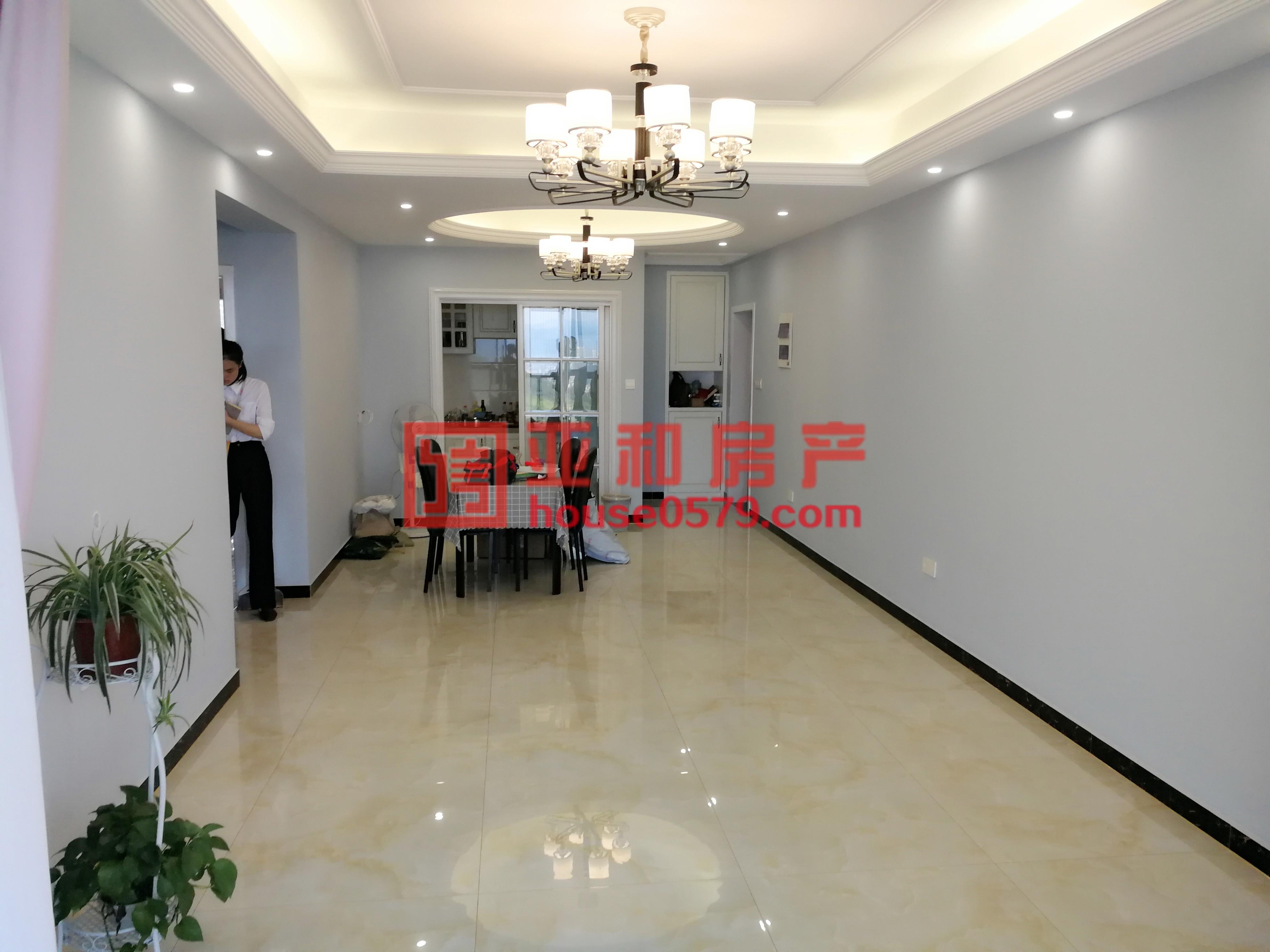 【亚和精品房】紫荆公寓 高楼层 106平O户型 三室全新装修