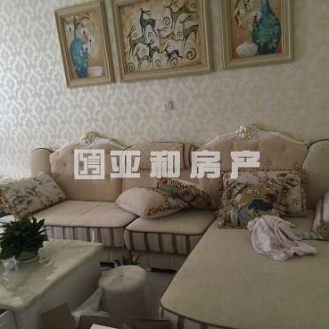 江东商苑三天必卖房精装修30万带18平车库 仅售172万