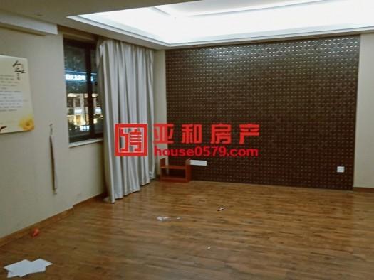【稠江精品房】中顺国际 136平 四室简装边套 仅售220万