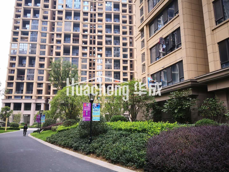 新出久府和园 楼中楼 带电梯 送超大露台 价值低洼地