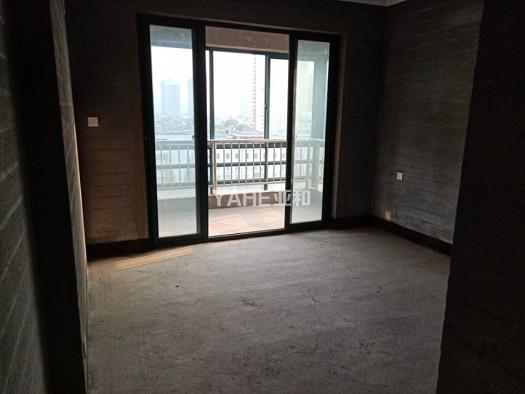 解放新苑125平376万绣湖双学.区送价值20万车位钥匙房源