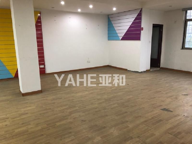 【宗泽路】七十年住宅 宾王双 学 区带大露台两层使用面积