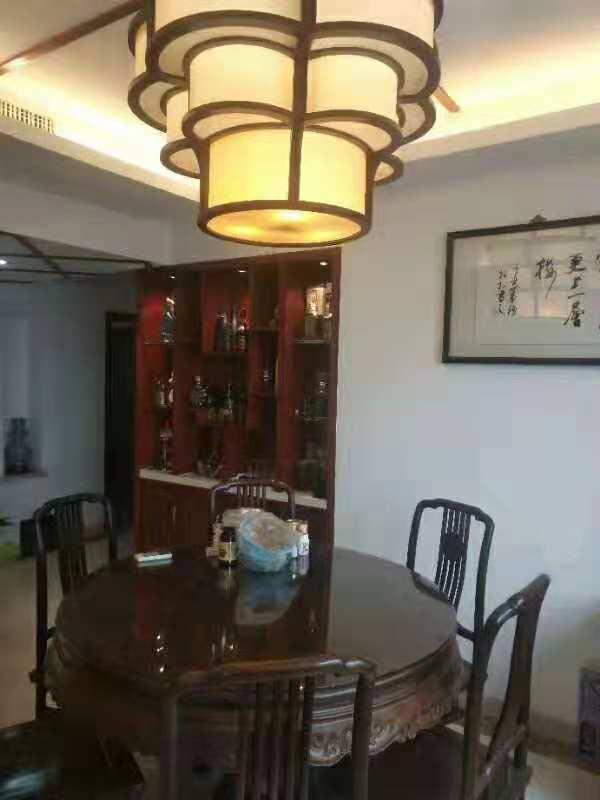 江东商苑89+12车库楼层好满二年60万诚心出售