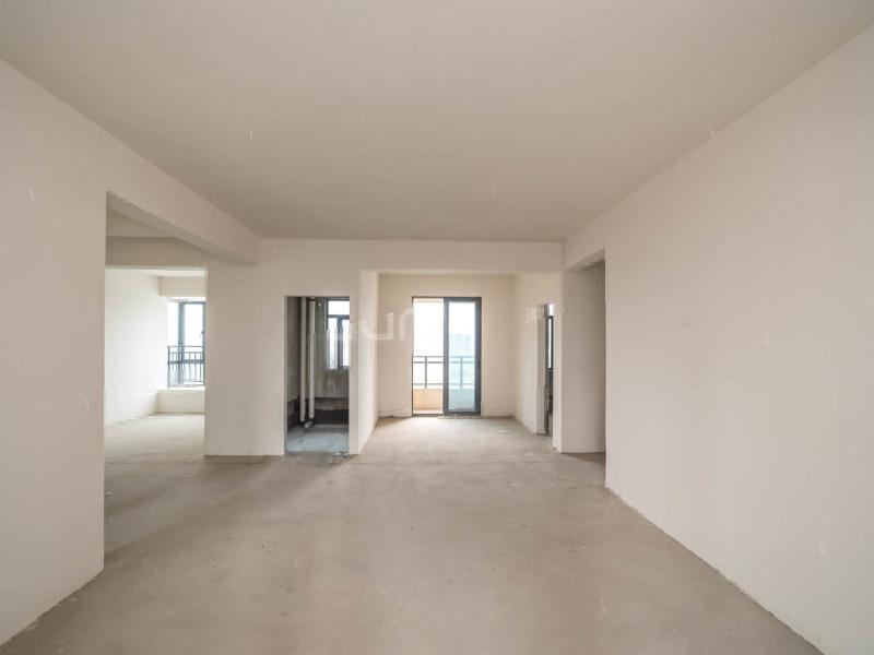 江东多层(带电梯)锦绣篁园107平三室、70年住宅、热卖