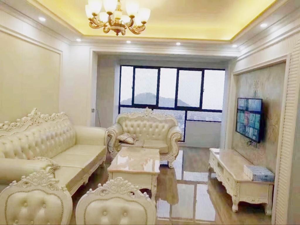紫荆公寓欧式新装房源出售、三室户型通透高楼层景观好房