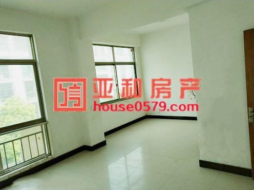 义乌周边单价仅9千多一平房源、上溪红安街136平三室户型通透