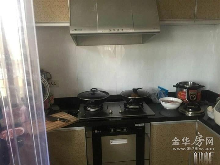 广润翰城凌云阁2房2厅精装修阳台