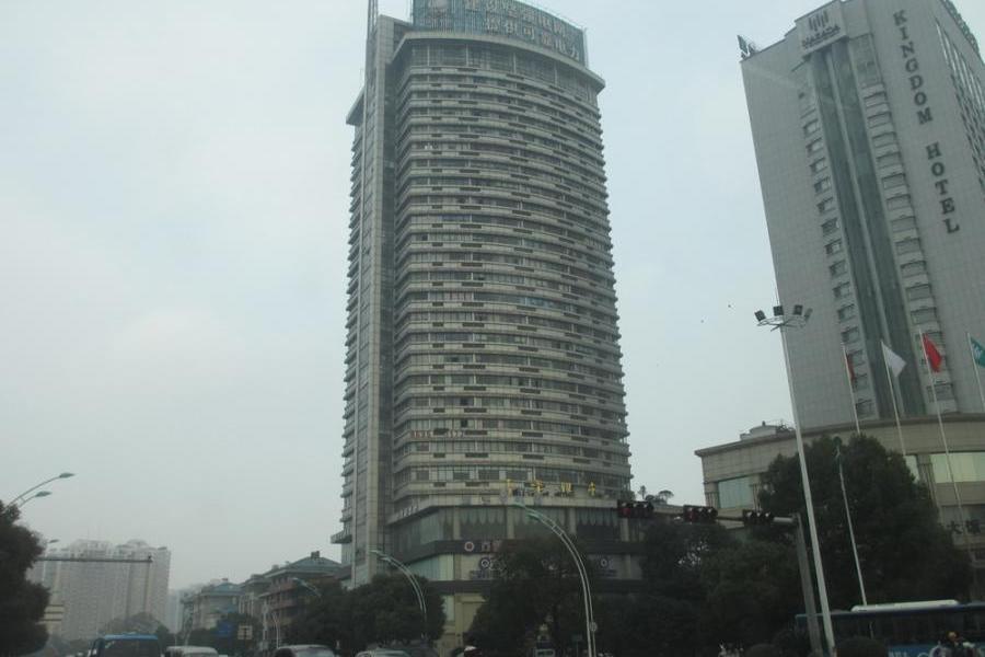 稠城绣湖义乌市中心 小面积公寓 39平 59万 证齐