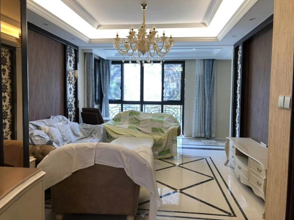义乌市中心一万一平的房子 我这房东缺钱急卖房子 中央城对面