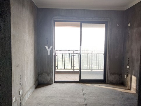 富港花园 毛坯新房 三室两厅带阳台 电梯高层 绿化面积高