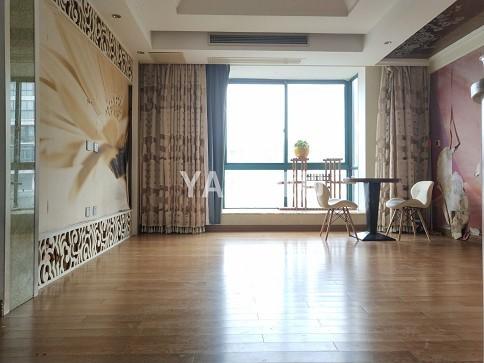 国际村 名人花园 城市花园 三室清爽装修 只卖245万