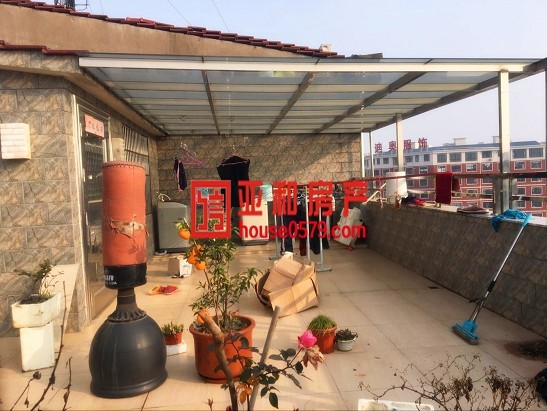 苏溪超优质垂直房 租金24万 占地3间七层 沿街店面房