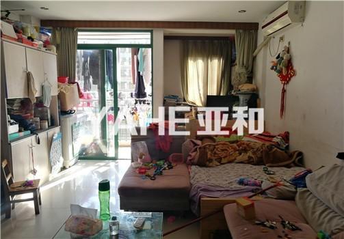 现代公寓 精装修两室 高层景观房 可看绣湖广场  可拎包入住
