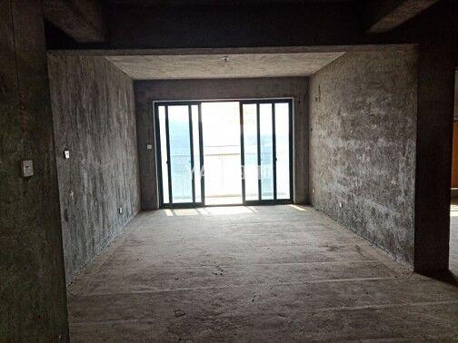 城西龙山雅苑104平122万 黄金楼层 户型通透 价格便宜