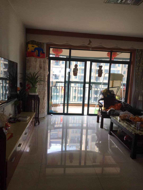 稠江新科花园 158平 3室2厅2卫 中楼层 带车库