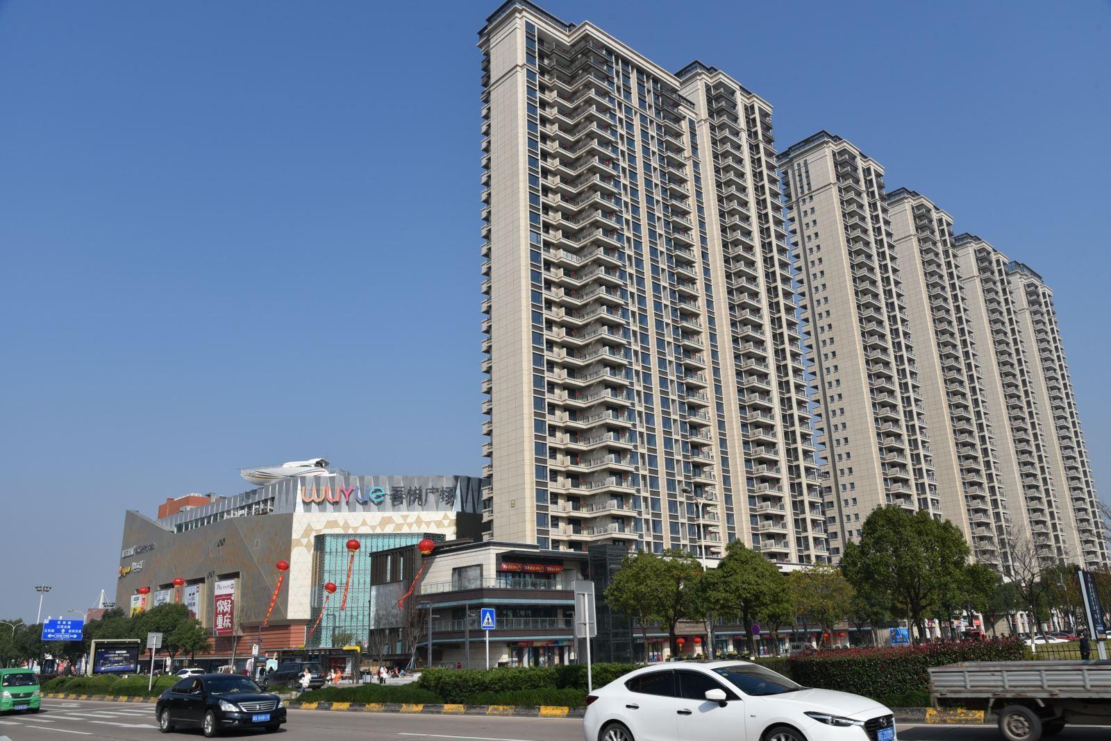 江东核心圈新城吾悦广场,已交房,即将做证,诚心售送车位双阳台