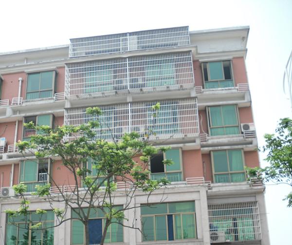 后宅鸿儒路1间6层垂直房 边间靠城北路 年租8万 后宅中学