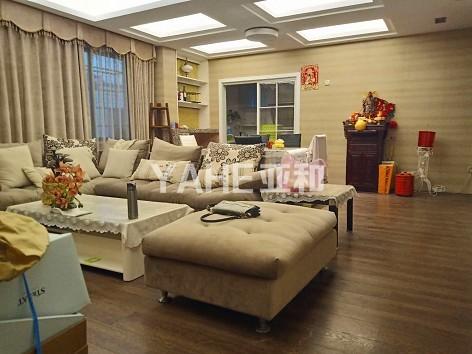【鹏城小区】豪华装修50万 中央空调装饰 带家具家电 已出让