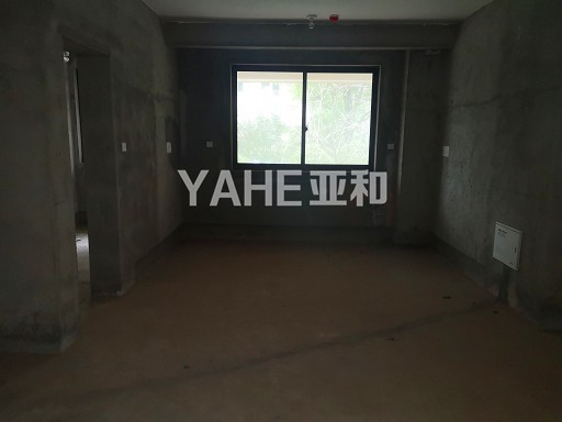香溪浴园140平168万房1阳台自由装修毛坯房带车位产证齐全