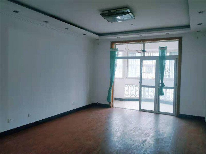 东洲映日苑,满两年楼中楼带30平储藏室,采光位置好