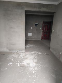 佛堂朝阳湖畔 100w以内的�W区房 刚需两居室
