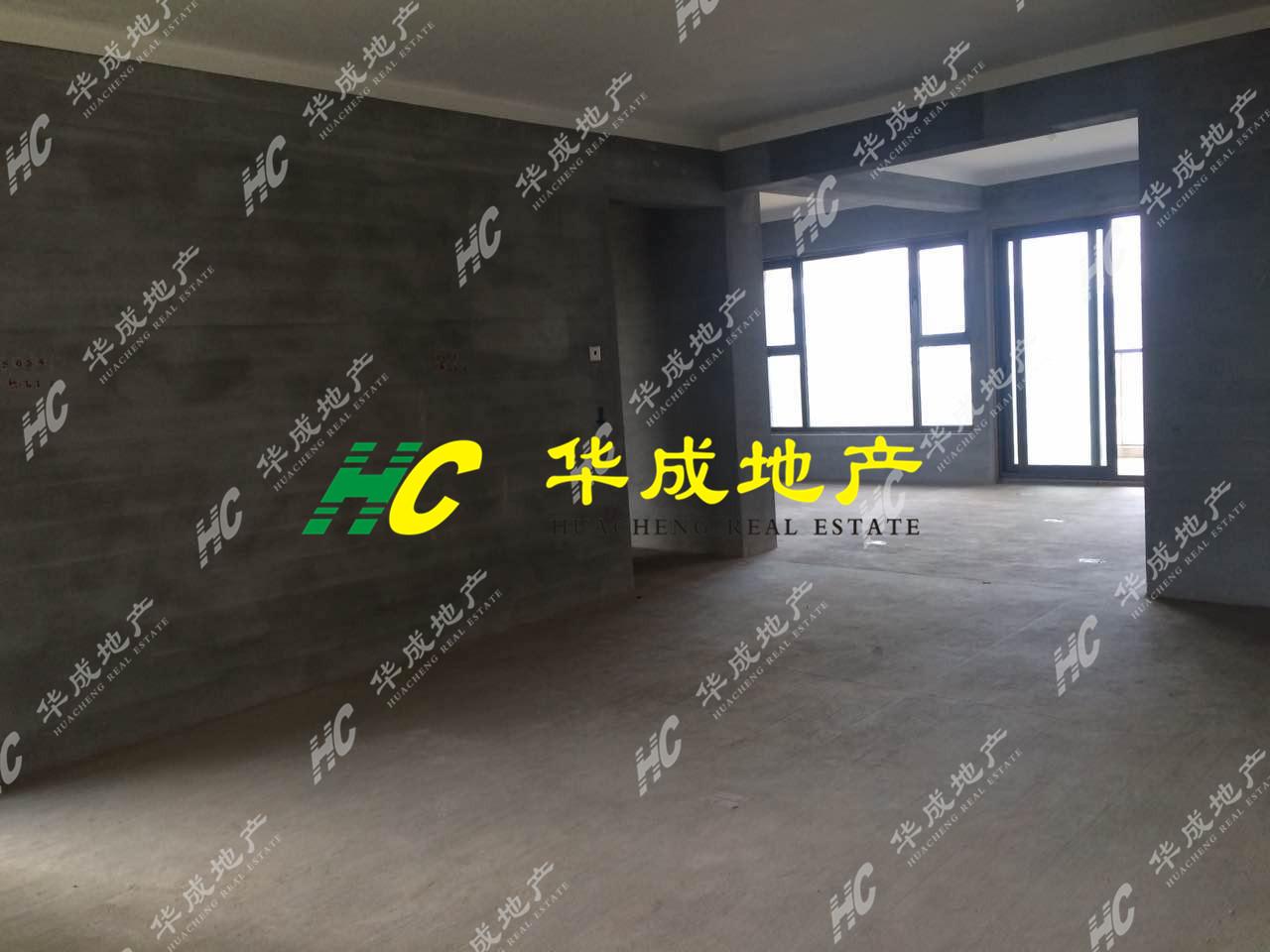 香溪裕园178平268万东边套双阳台带车位超值