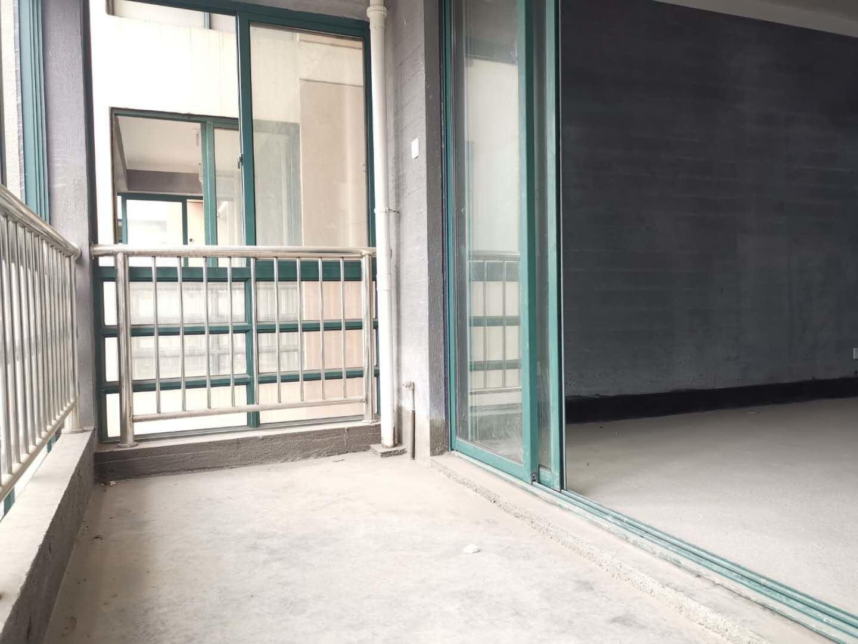 解放新苑丨绣湖中小学 包出让带车位丨义乌之心近在咫尺