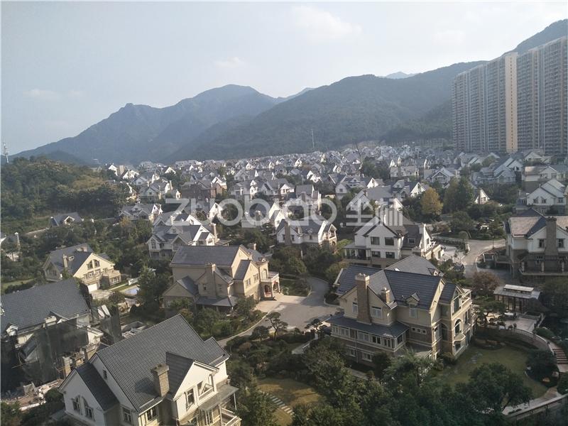 东阳紫荆公寓小区最低价诚心卖朝别墅